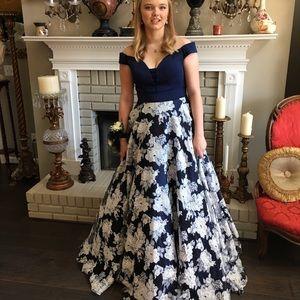 2019 Clarisse Formal Gown